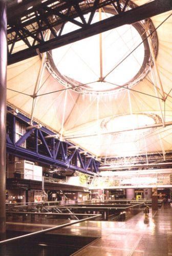 La Villette Roof and Heliomirrors: Interior view