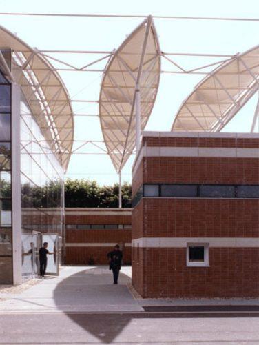 Albert Sport & Cultral Centre: Entrance